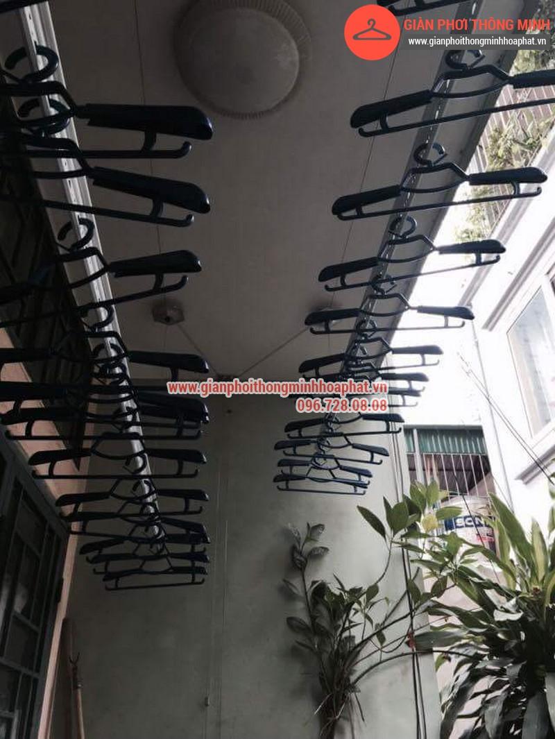 Nhà chị Bảo lắp giàn phơi thông minh số 20 ngõ 1 Nguyễn Thái Học, Hà Đông 04