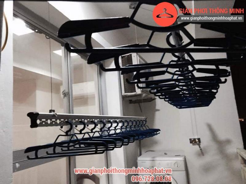 Nhà anh Bằng lắp giàn phơi thông minh phòng 1006 số 262 Nguyễn Huy Tưởng 01