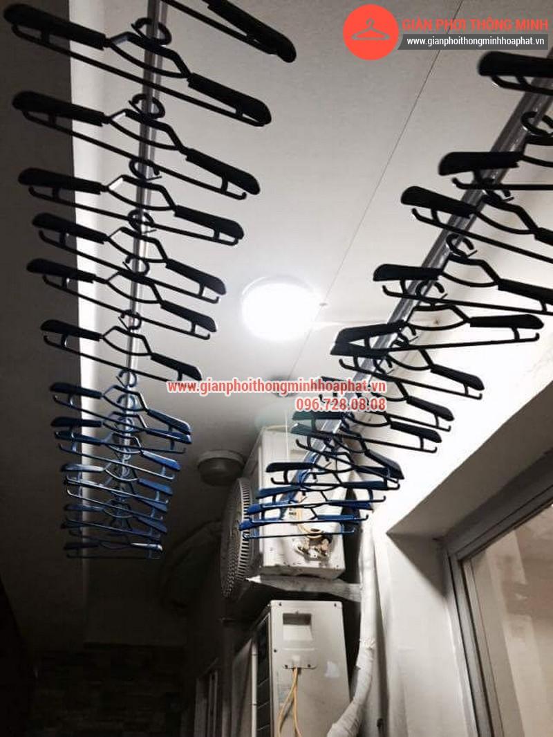 Nhà anh Bằng lắp giàn phơi thông minh phòng 1006 số 262 Nguyễn Huy Tưởng 09