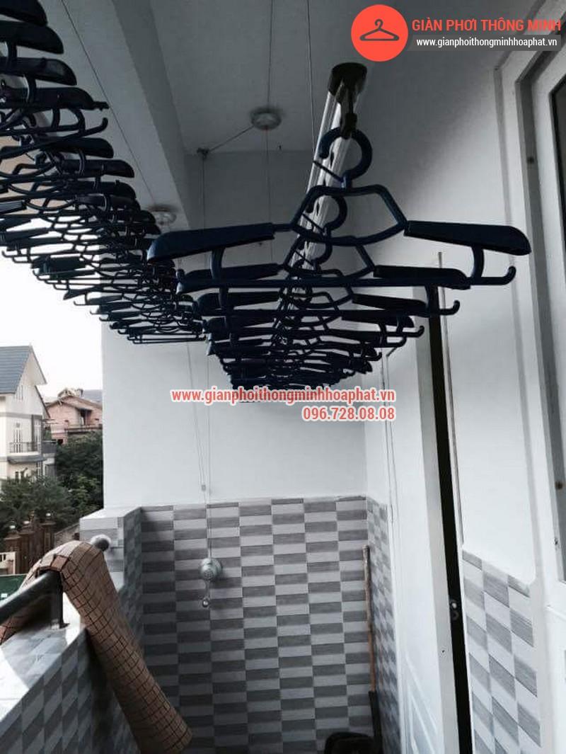 Nhà anh Thanh lắp giàn phơi thông minh phòng 207 tòa CT3B Đại Lộ Thăng Long 03