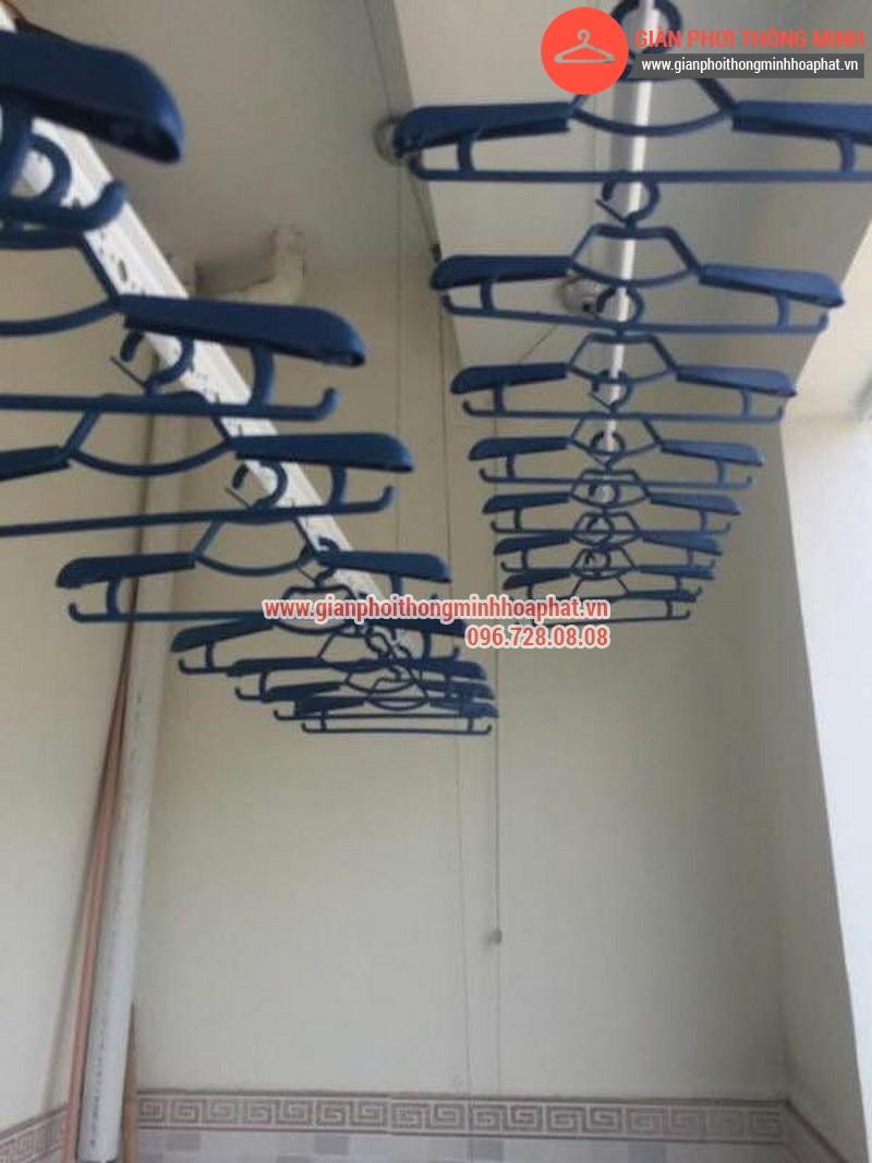 Giàn phơi thông minh nhà anh Lượng phòng 1302 tòa C Văn Phú 03