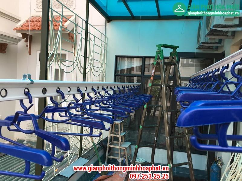 Lắp giàn phơi nhà chị Hằng số 17 No3B Sài Đồng, Long Biên – Tầng 02.
