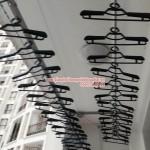 Giàn phơi quần áo thông minh gắn trần thiết kế hiện đại