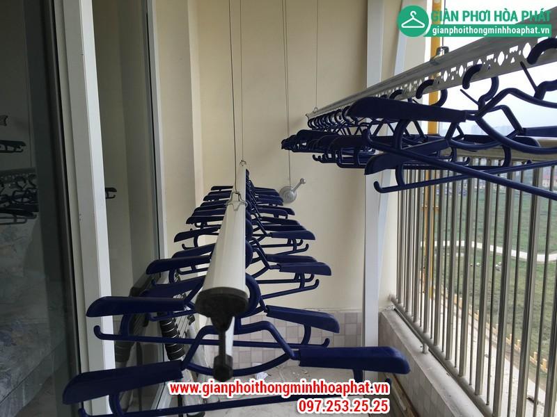 Lắp giàn phơi thông minh nhà A. Long P1402 tòa CT8 Dương Nội Hà Đông 01