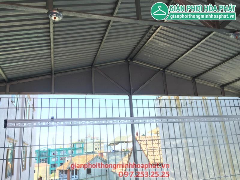 Giàn phơi thông minh cho mái tôn nhà chị Lan số 14 ngõ 252 Ngọc Thụy, Long Biên 05