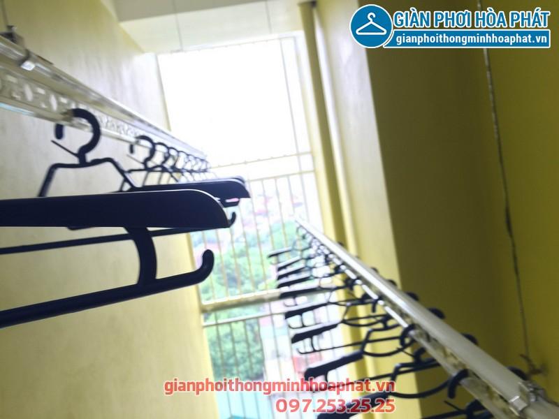 Giàn phơi thông minh nhà anh Tuyến chung cư 143 ngõ 85 Hạ Đình, Thanh Xuân 12