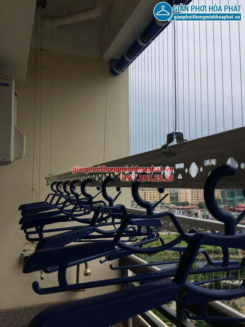 Lắp giàn phơi thông minh, lưới an toàn ban công và bạt che nắng nhà chị Thảo KĐT Bắc Linh Đàm 05