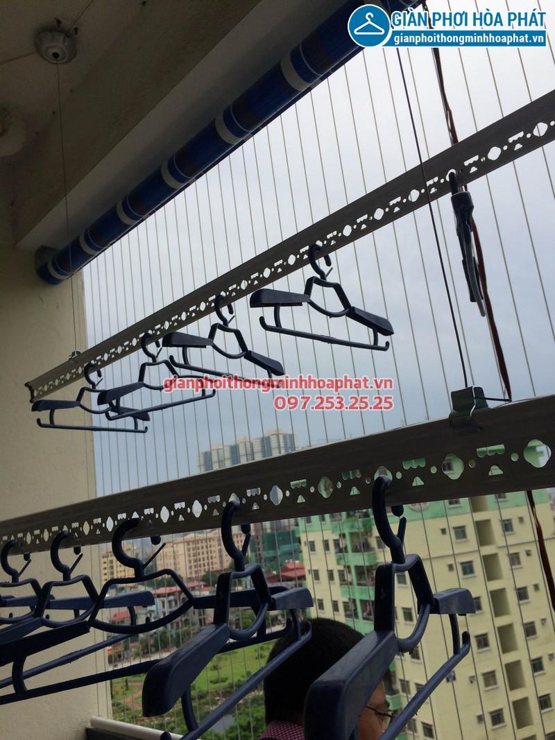 Lắp giàn phơi thông minh, lưới an toàn ban công và bạt che nắng nhà chị Thảo KĐT Bắc Linh Đàm 04