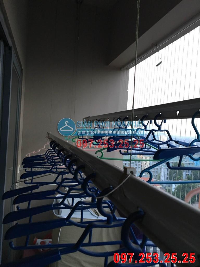 Lắp giàn phơi thông minh Hòa Phát p1302 chung cư HH2 ngõ 102 Trường Chinh 01