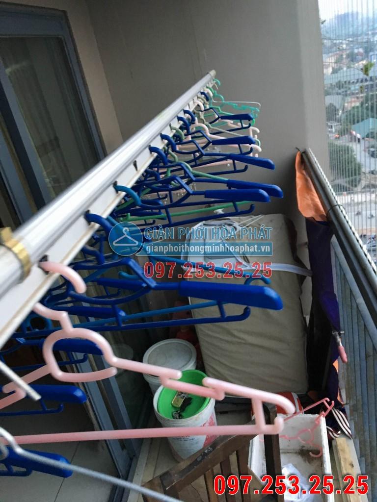 Lắp giàn phơi thông minh Hòa Phát p1302 chung cư HH2 ngõ 102 Trường Chinh 03