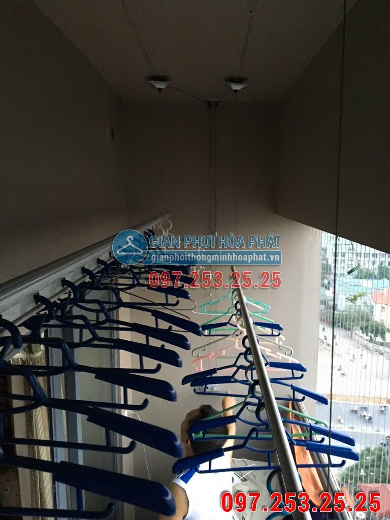 Lắp giàn phơi thông minh Hòa Phát p1302 chung cư HH2 ngõ 102 Trường Chinh 06