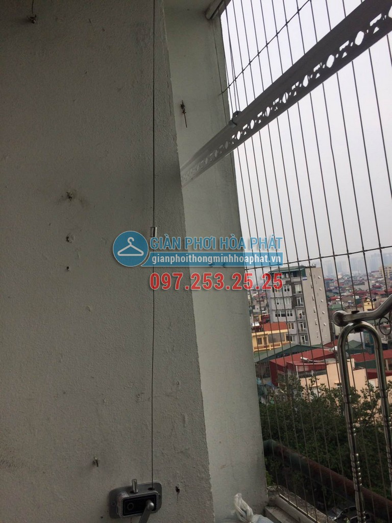 Chị Chi lắp giàn phơi thông minh giá rẻ chung cư 8C số 30 Tạ Quang Bửu 05