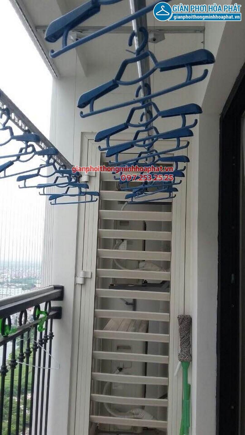 Lắp đặt giàn phơi thông minh và lưới an toàn ban công nhà chị Tâm tại Đội Nhân, Ba Đình