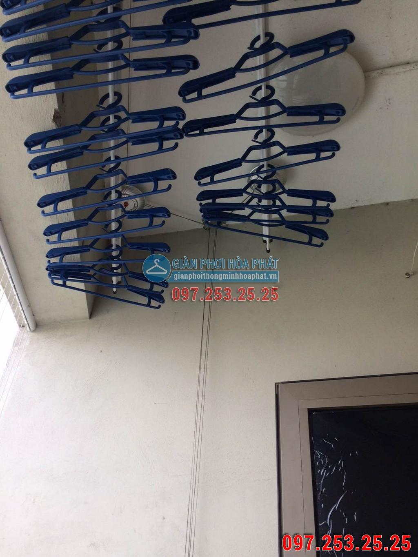 Nhà anh Tuấn lắp giàn phơi thông minh P914 tòa B chung cư Sông Nhuệ 02