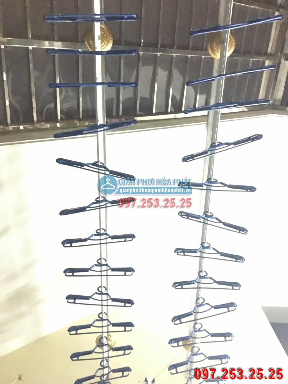 Nhà cô Loan lắp bộ giàn phơi Hòa Phát hp950 - 19