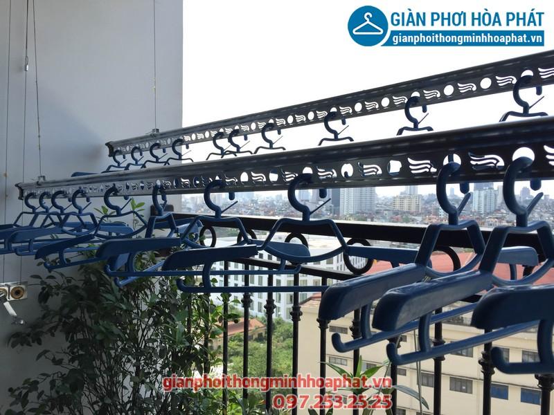 Lắp giàn phơi thông minh nhà chị Hương chung cư Goldmark City