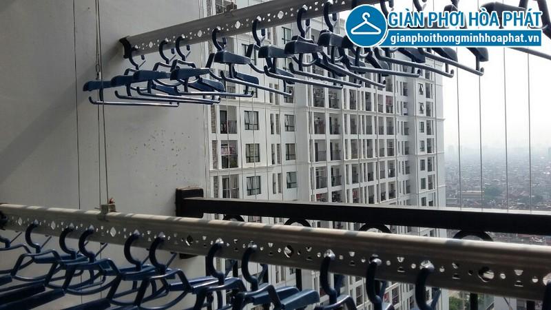 Lắp đặt giàn phơi thông minh và lưới an toàn cầu thang nhà anh Lâm, Kim Mã, Ba Đình, Hà Nội