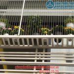 Ban công ngập tràn hoa nhờ lắp giàn phơi thông minh nhà anh Quý CT12 Văn Phú, Hà Đông