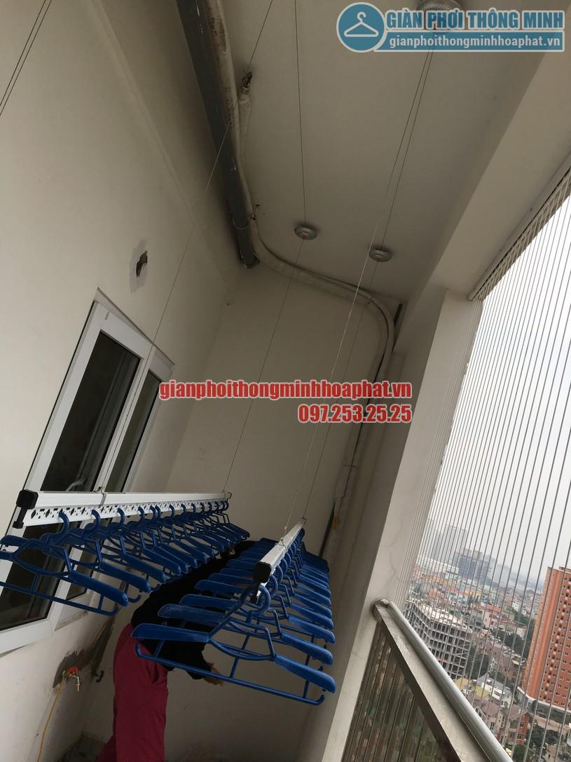 Hoàn thiện lắp đặt giàn phơi nhà cô Nguyệt chung cư Đông Đô, Hoàng Quốc Việt, Cầu Giấy, Hà Nội-01