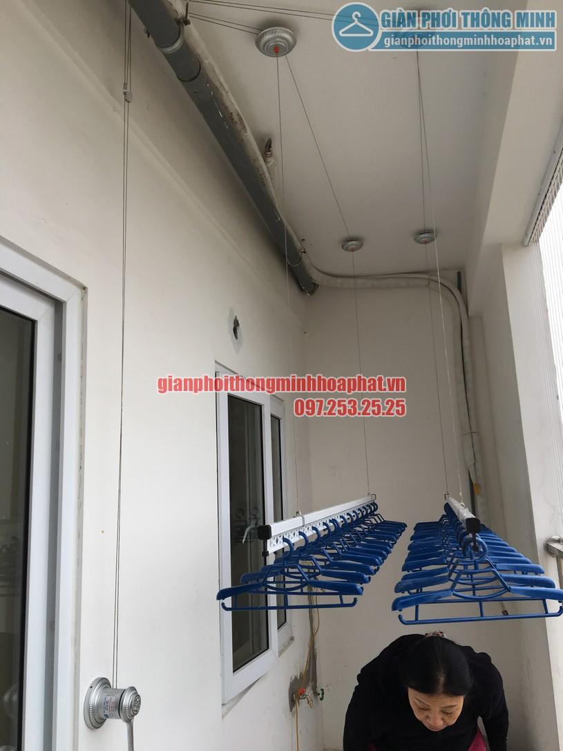 Hoàn thiện lắp đặt giàn phơi nhà cô Nguyệt chung cư Đông Đô, Hoàng Quốc Việt, Cầu Giấy, Hà Nội-02