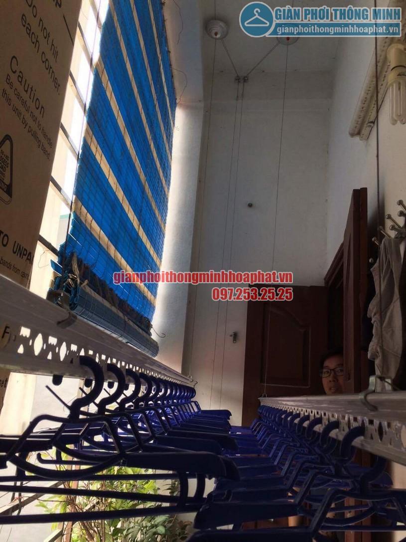 Bộ ròng rọc giàn phơi được gắn cố định trên trần bê tông -01