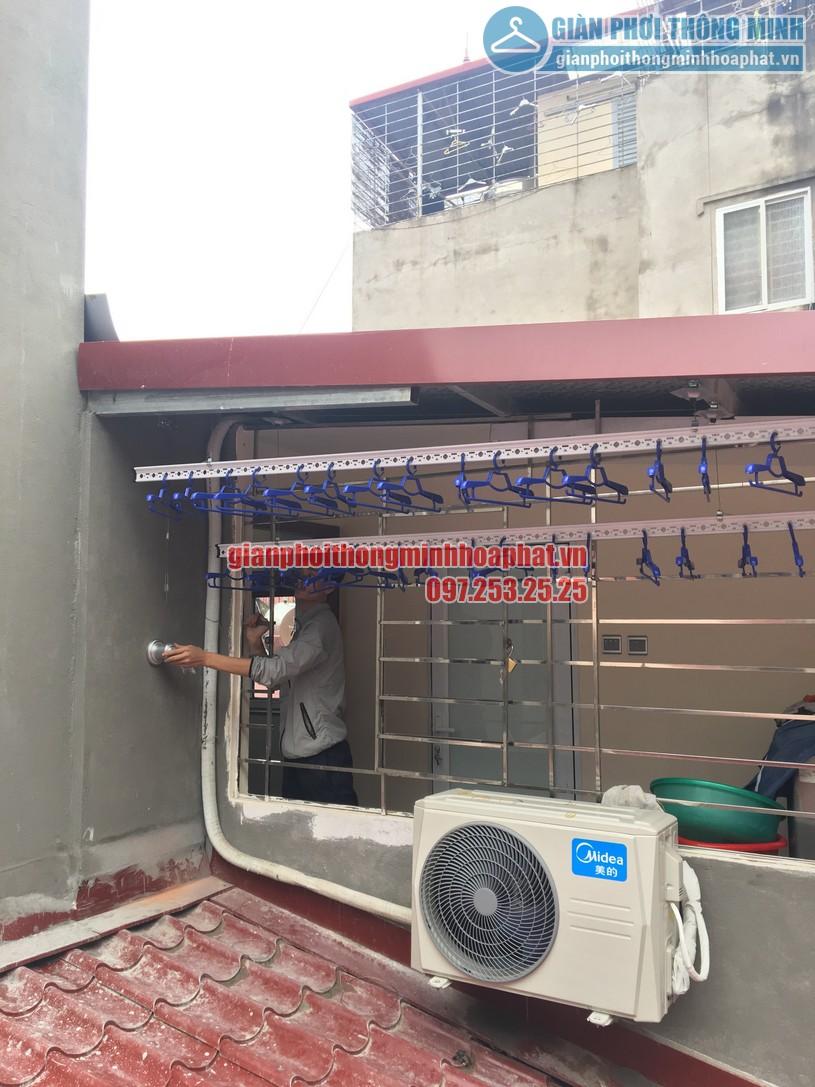 Lắp đặt giàn phơi bên ngoài trần mái tôn nhà anh Tuấn Anh số 35 Hàng Đường, Hoàn Kiếm, Hà Nội-03