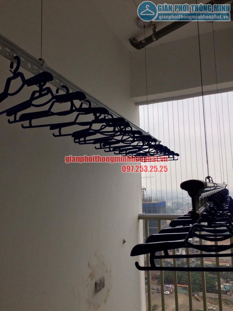 Lắp đặt giàn phơi đồ nhà anh Hoàn chung cư N04 - B1 Dịch Vọng, Cầu Giấy -01