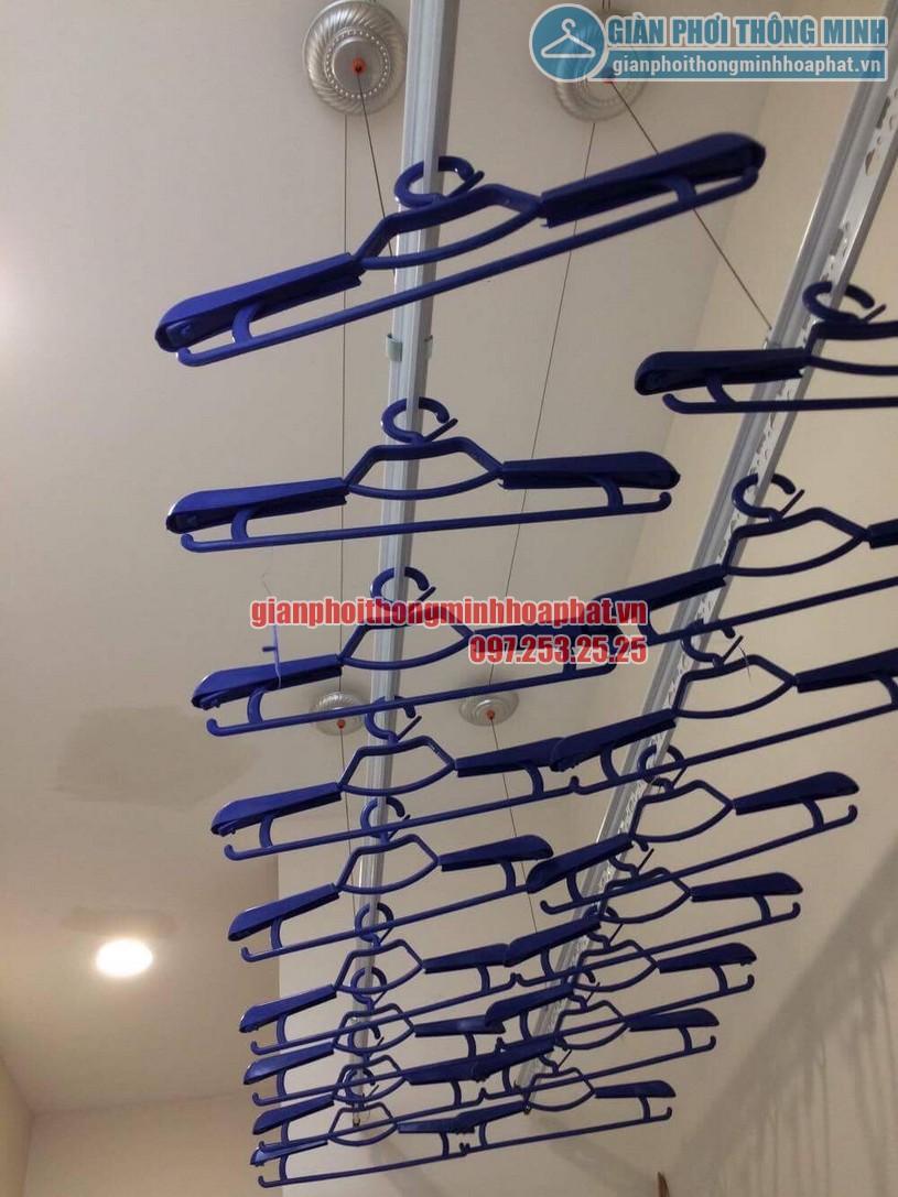 Lắp đặt giàn phơi đồ nhà anh Hoàn chung cư N04 - B1 Dịch Vọng, Cầu Giấy -03