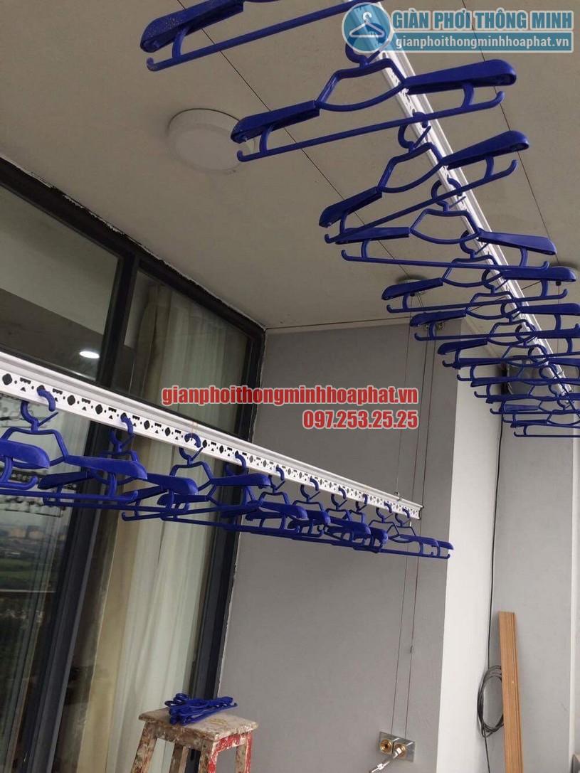 Lắp đặt giàn phơi nhà anh Tuấn P2102, Tháp B, tòa Newskyline, đô thị Văn Quán-04