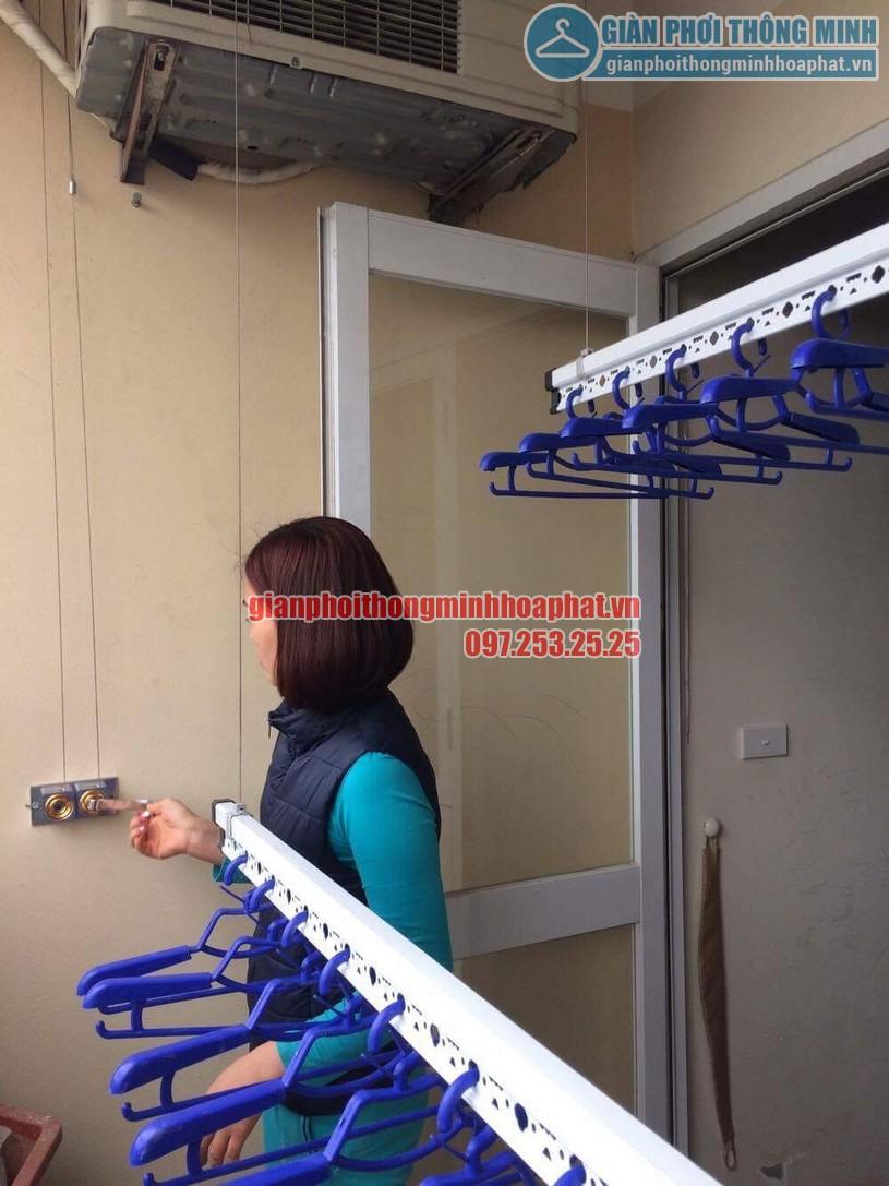 Chị Thương dùng thử bộ giàn phơi HP999b , thấy rất hài lòng -02