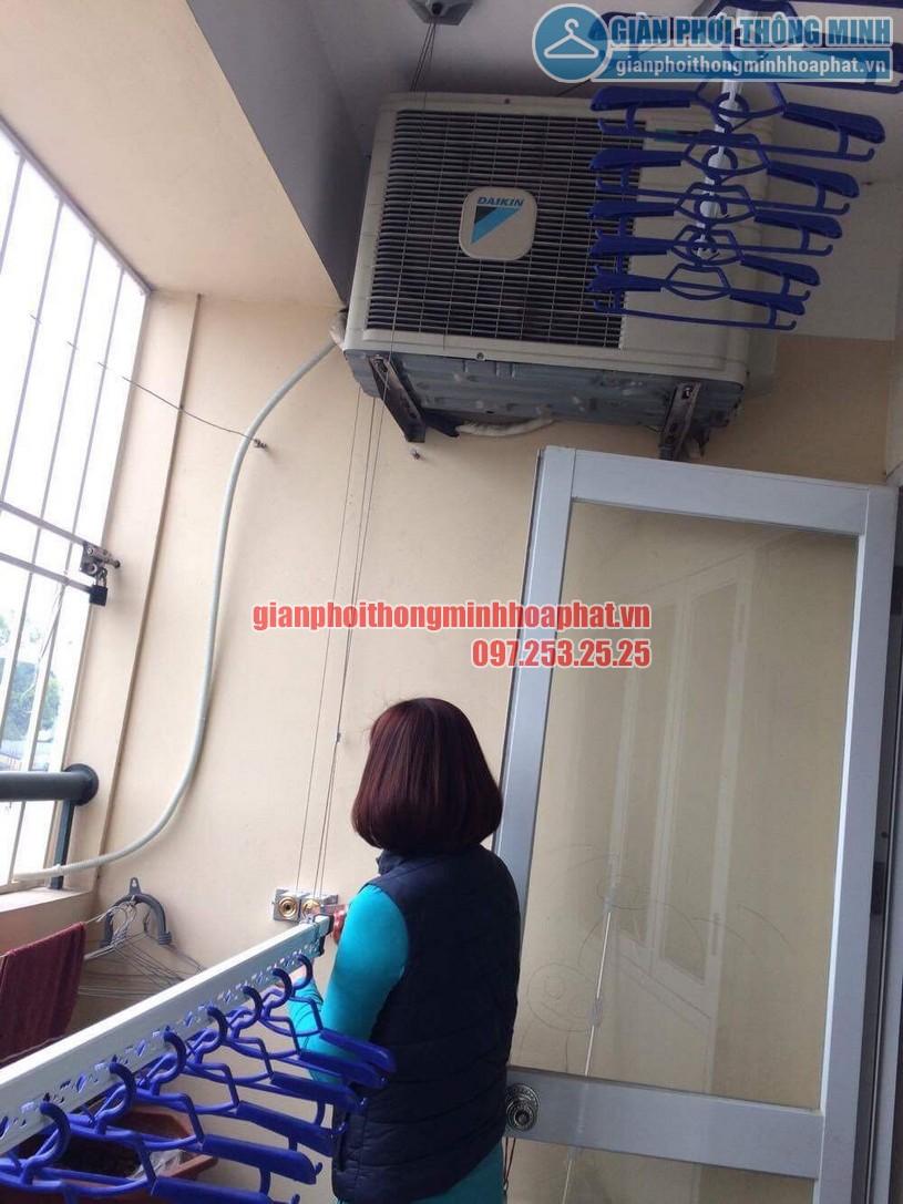Chị Thương dùng thử bộ giàn phơi HP999b , thấy rất hài lòng -01