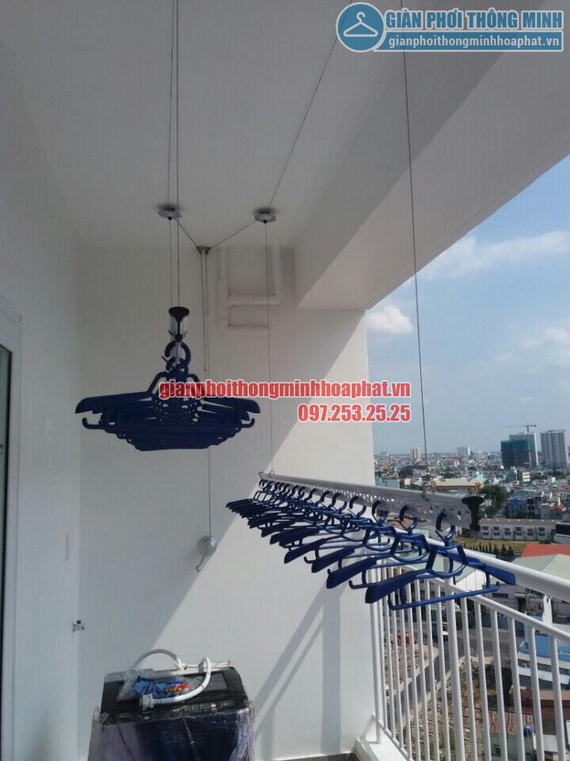 Lắp đặt giàn phơi thông minh tại ban công nhà anh Dũng căn hộ 8X Đầm Sen, quận Tân Phú, HCM-03