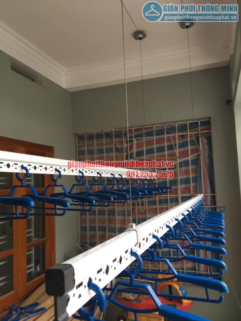 Thanh phơi được sản xuất từ inox cao cấp, bên ngoài được mạ lớp sơn tĩnh điện màu trắng-02