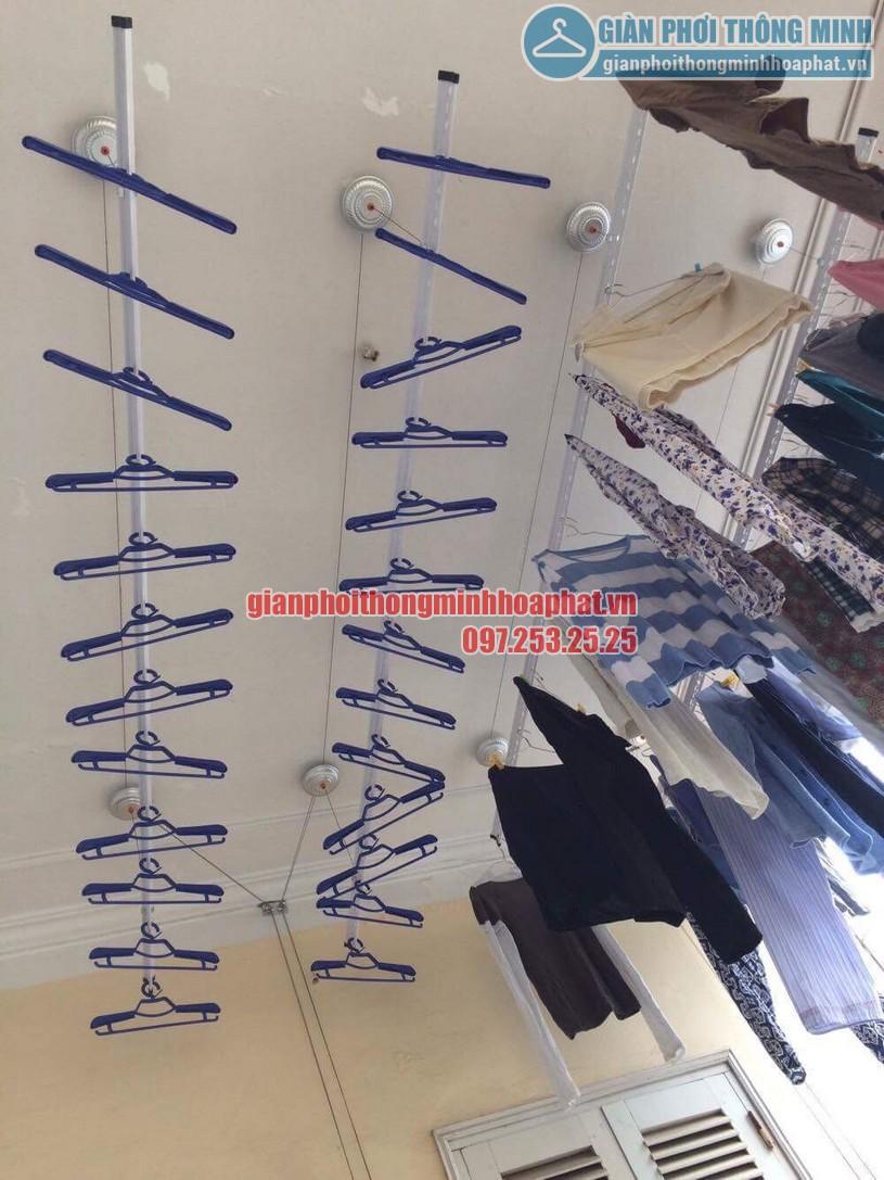 Lắp đặt giàn phơi quần áo nhà chị Ngọc nhà 8, đường 6, khu tập thể F361, Yên Phụ, Tây Hồ-04