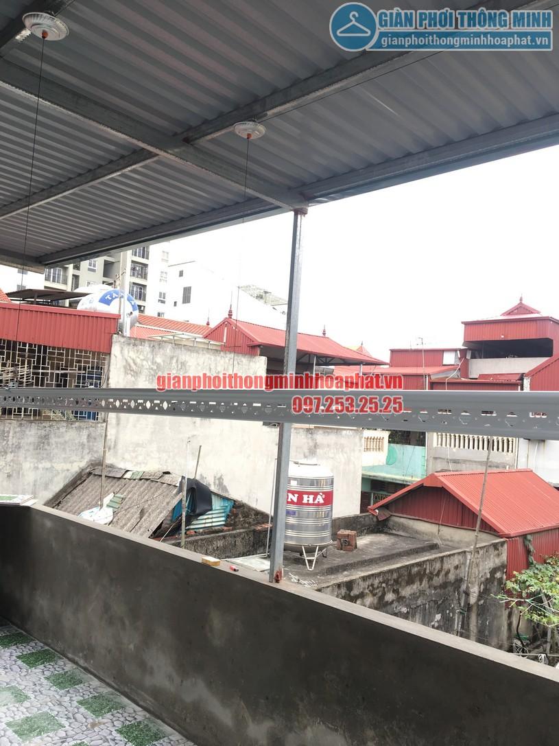Lắp giàn phơi thông minh trên nền trần mái tôn nhà chị Minh ngõ 7, Tô Hiệu, Hà Đông-02
