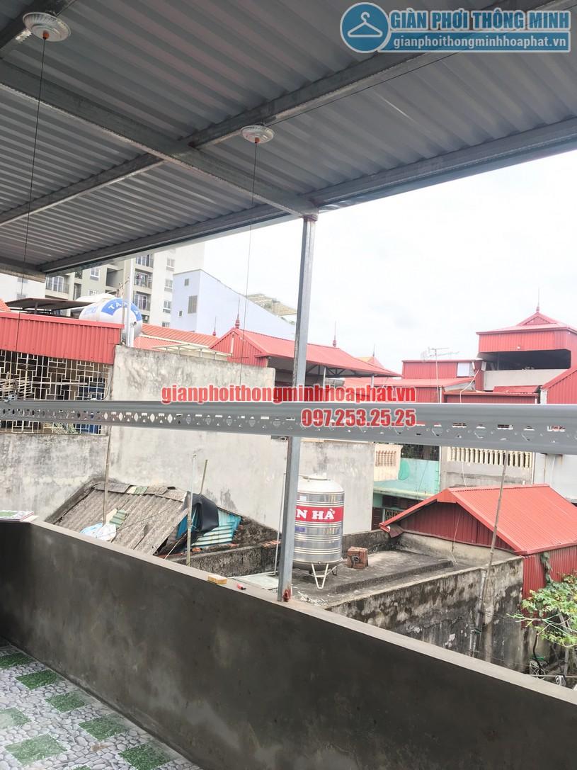 Lắp giàn phơi thông minh trên nền trần mái tôn nhà chị Minh ngõ 7, Tô Hiệu, Hà Đông-03