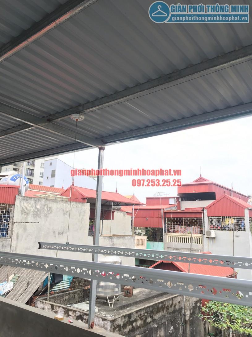 Lắp giàn phơi thông minh trên nền trần mái tôn nhà chị Minh ngõ 7, Tô Hiệu, Hà Đông-04