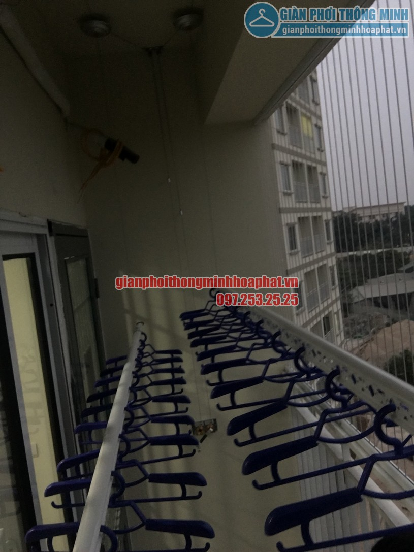 Lắp giàn phơi và lưới an toàn ban công chung cư nhà chị Quỳnh Tây Tựu, Bắc Từ Liêm-03