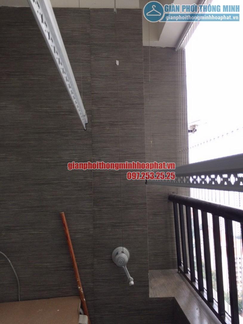 Lắp giàn phơi và lưới an toàn ban công nhà chú Tuyến quận Ba Đình, Hà Nội-03