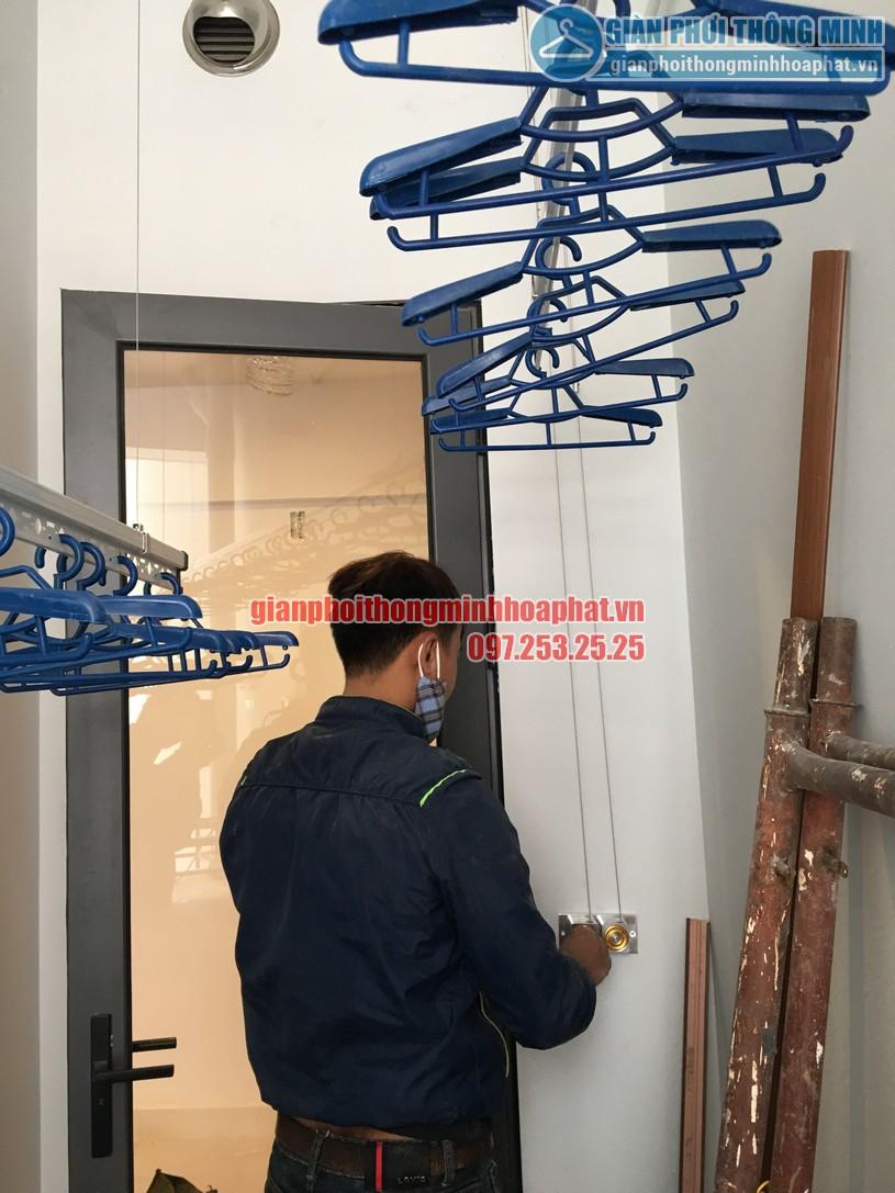 Lô gia thoáng đẹp nhờ lắp giàn phơi nhà anh Dự tầng 7, chung cư CT3 Gamuda-04