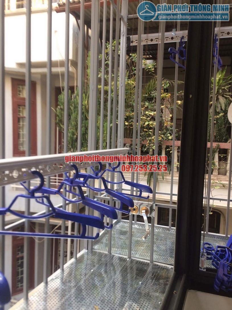 Ngắm không gian phơi gọn gàng nhờ lắp đặt giàn phơi thông minh nhà chị Lan Kim Mã Thượng, Ba Đình-03