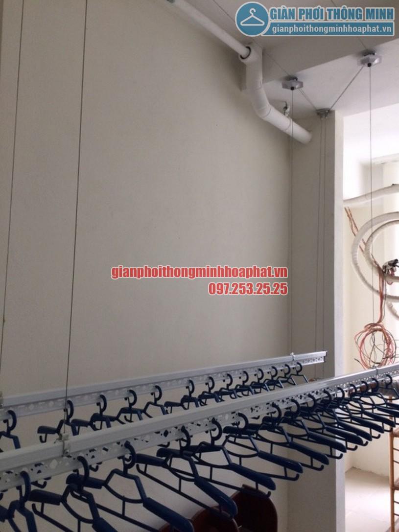 Ngắm loạt ảnh thực tế lắp giàn phơi nhà cô Hà chung cư Complex Ngõ 102, Trường Trinh-02