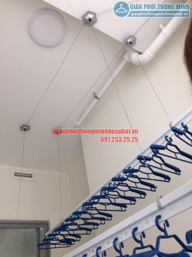 Ngắm loạt ảnh thực tế lắp giàn phơi nhà cô Hà chung cư Complex Ngõ 102, Trường Trinh-03