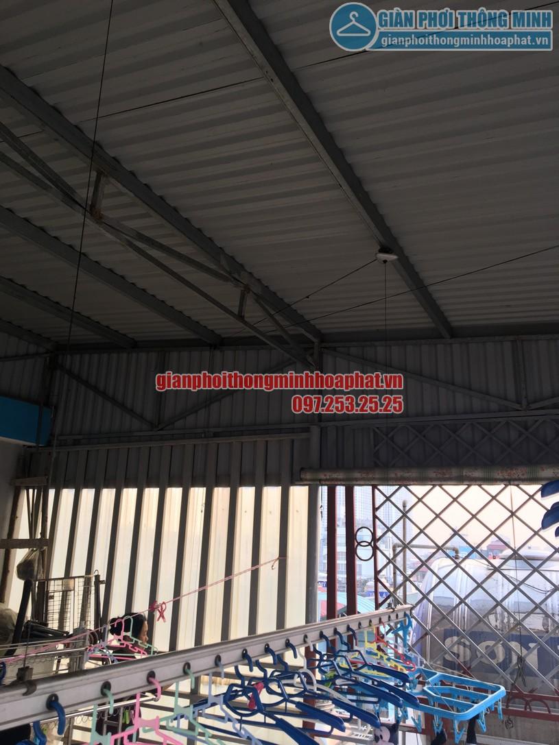 Thay củ quay giàn phơi thông minh nhà cô Chinh ngõ 117 Thái Hà, Đống Đa, Hà Nội-03