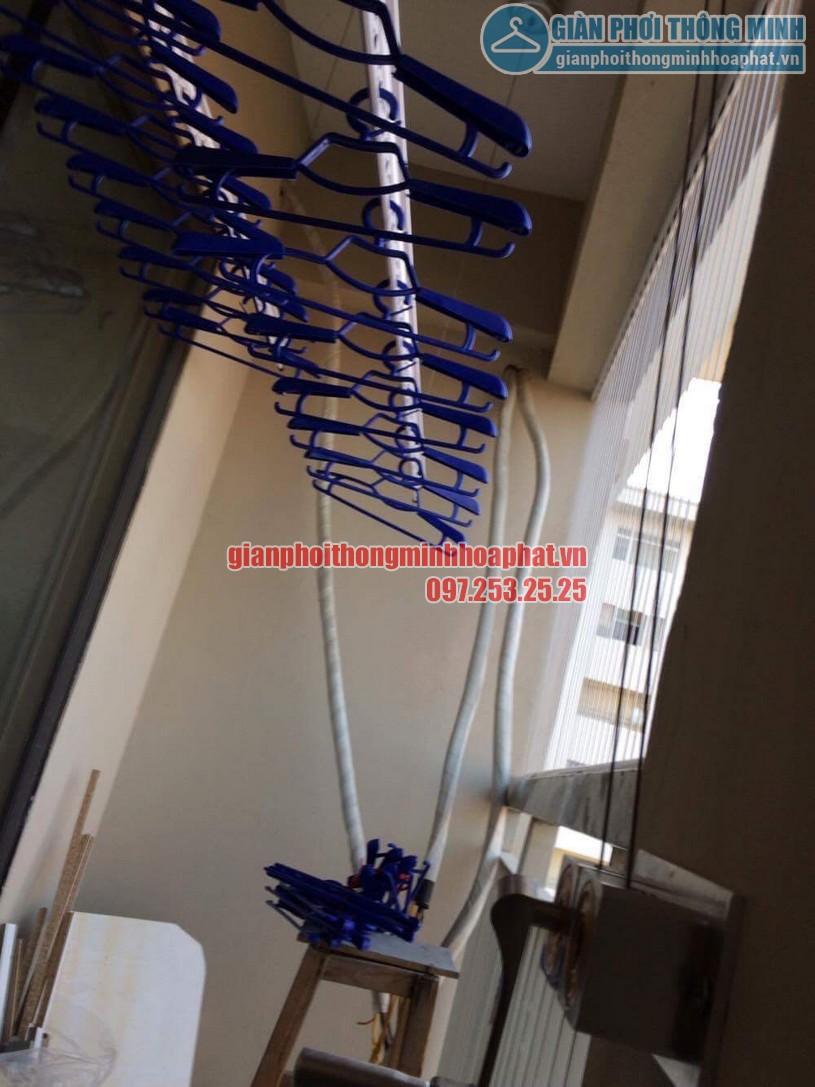 Thi công lắp đặt giàn phơi và lưới an toàn nhà chú Đức P906 CT7A khu đô thị Đặng Xá, Gia Lâm-04