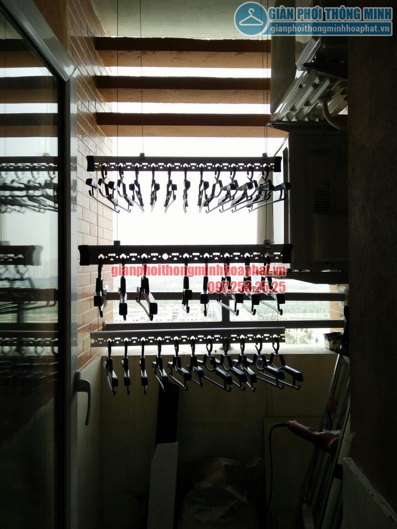 Quy trình lắp đặt giàn phơi tại không gian nhỏ nhà anh Hùng chung cư CT2, Nghĩa Đô-01