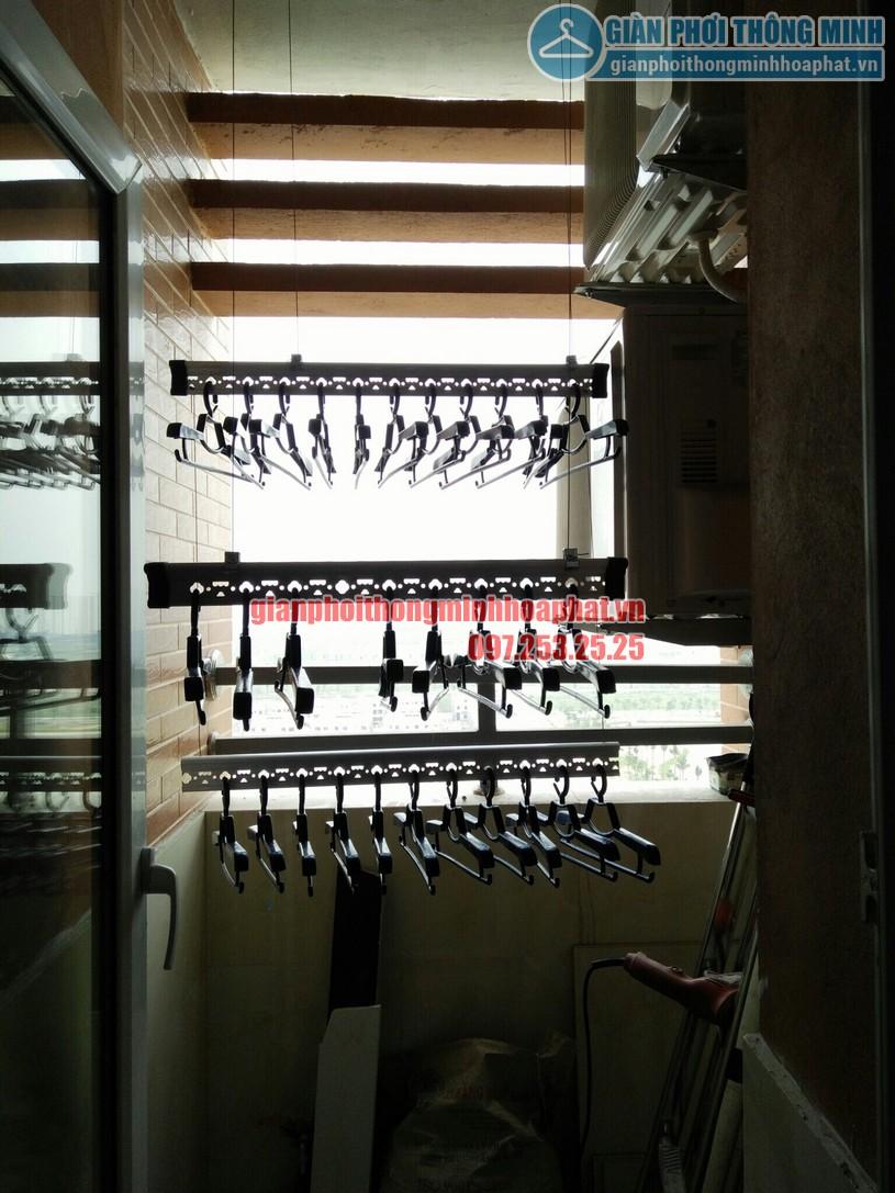 Quy trình lắp đặt giàn phơi tại không gian nhỏ nhà anh Hùng chung cư CT2, Nghĩa Đô-02