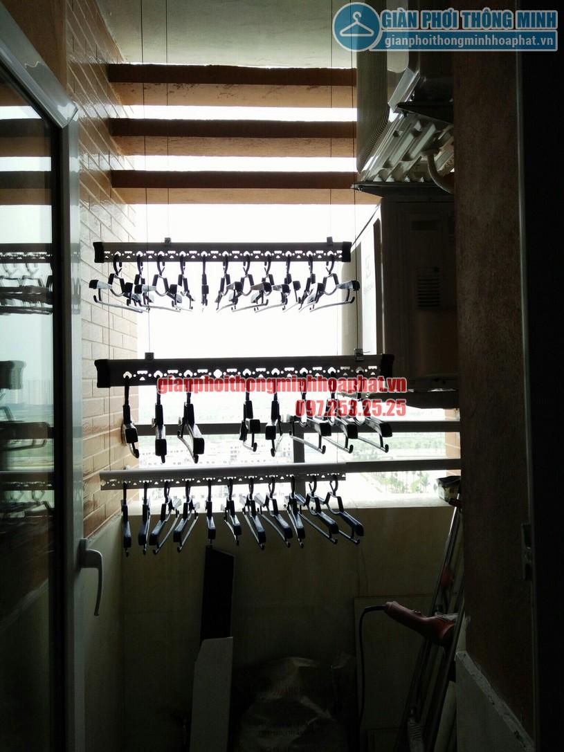 Quy trình lắp đặt giàn phơi tại không gian nhỏ nhà anh Hùng chung cư CT2, Nghĩa Đô-03