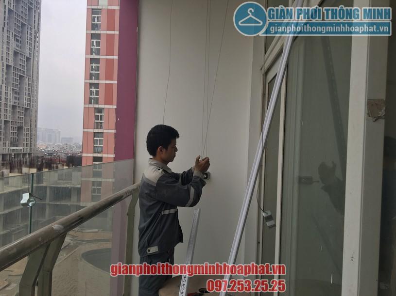 Bàn giao bộ giàn phơi HP888B nhà anh Long chung cư CT1 Usilk City tòa 102 quận Hà Đông-02