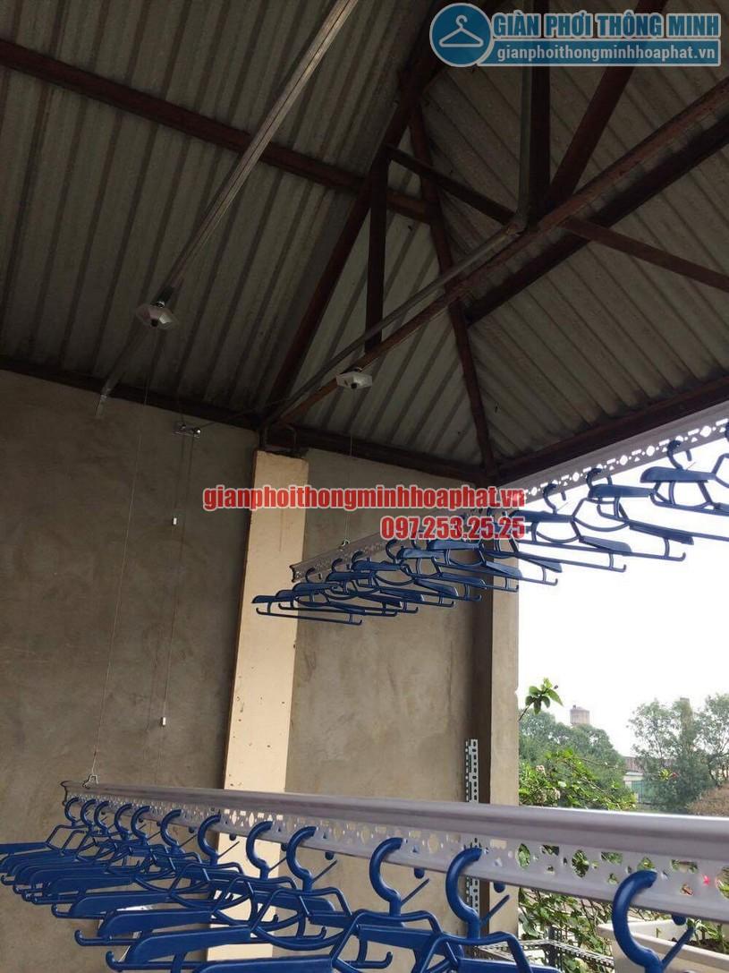 Lắp đặt giàn phơi trên nền trần mái tôn nhà anh Vinh số nhà 7A ngõ 85, Hạ Đình-01